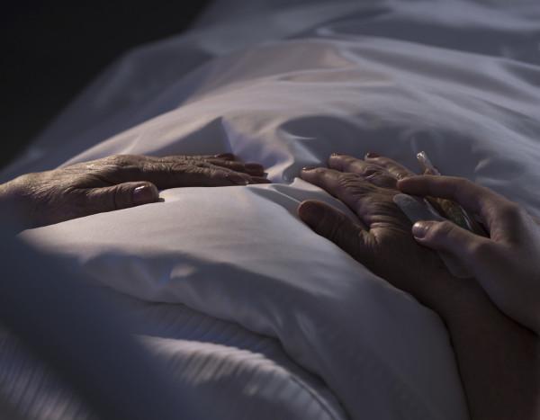 El suicidio asistido por paises. Es legal en cuatro estados norteamericanos, Canadá y cuatro países europeos pero su apllicación difiere sustancialemnte
