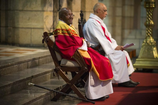 El arzobispo emérito Desmond Tutu hace un llamamiento a las autoridades políticas y sanitarias para que todos puedan tener acceso a los cuidados paliativos