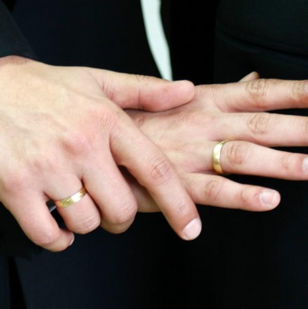 Matrimonio entre personas del mismo sexo. Virginia aprueba un proyecto de ley que protege de discriminación gubernamental ante matrimonios heterosexuales.