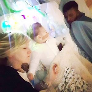 Expertos evalúan esta semana la situación clínica del bebé Charlie Gard