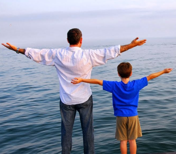El comportamiento del hombre y su exposición a diversos factores antes de concebir, pueden determinar el desarrollo y la futura salud de sus descendientes.