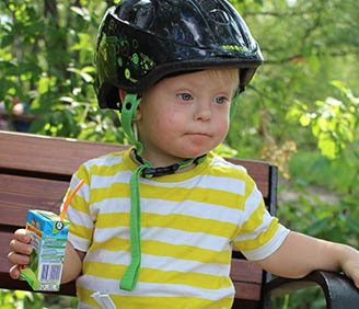Down España. El número de nacimientos de niños con síndrome de Down ha ido descendiendo con los años, ya que la mayoría de embarazadas a las que se le diagnostica un niño con esta anomalía abortan.