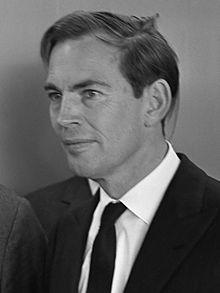 Christiaan_Barnard_(1968)