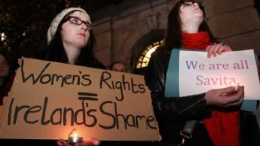 Savita, mujer irlandesa que muere, según los medios, por no haber abortado: razón mal fundamentada según BMJ