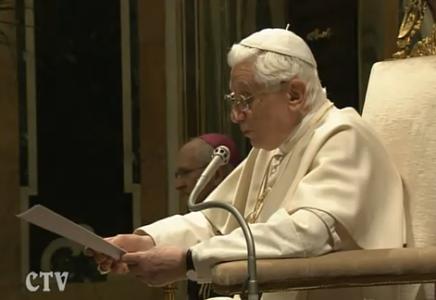 Revista científica internacional publica pronunciamiento de Benedicto XVI sobre las técnicas de reproducción asistida