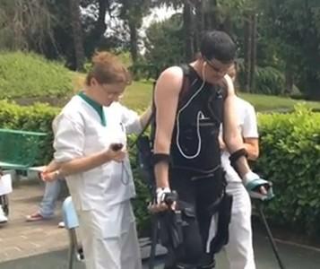 Parapléjico camina al ser tratado con células madre adultas