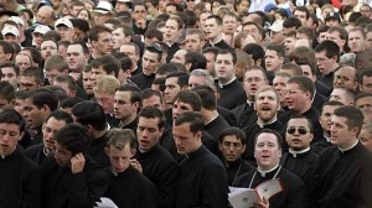 Indisolubilidad del matrimonio – Resaltada por las Confraternidades del Clero en Roma