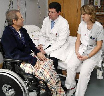 cuidados paliativos en españa es necesario contar con 1.500 médicos con formación específica en esta área según datos de las sociedades científicas.