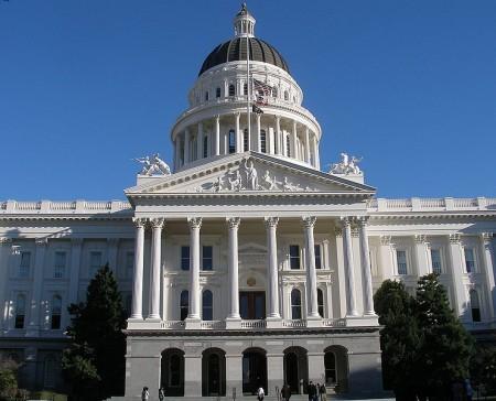 Suicidio asistido retirado del calendario legislativo de la Asamblea de California