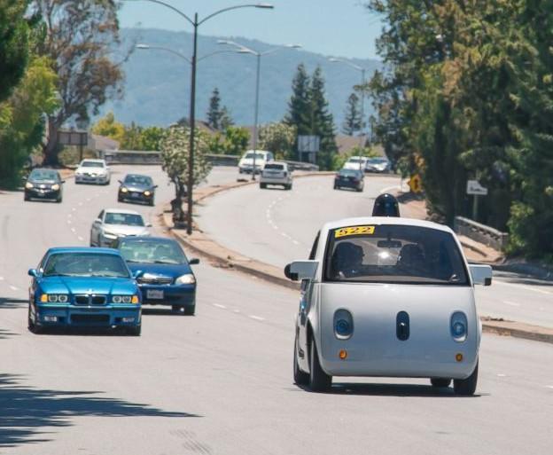 Automoviles autoconducidos sin intervención humana, pueden plantear dificultades éticas