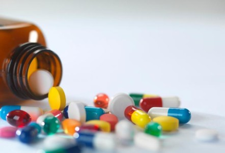 Medicamentos genéricos. Supresión de 33 marcas comerciales  por supuesto fraude en la investigación