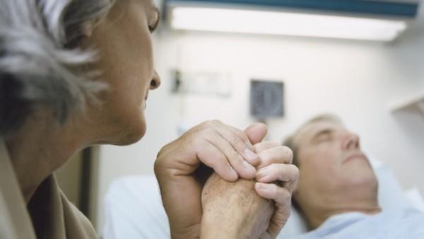 """Sociedad Española de Cuidados Paliativos denuncia nuevamente la """"agónica"""" situación de los cuidados paliativos en España lo que afecta a miles de pacientes"""