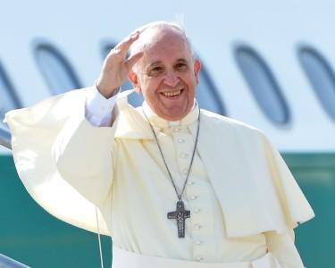 Francisco sobre los homosexuales: Abraza al pecador pero condena el pecado