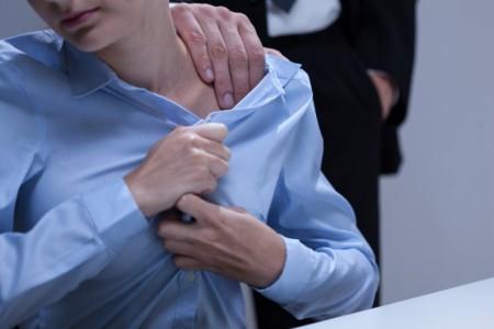 Acoso sexual entre las profesionales médicos de Reino Unido. Una de cada tres lo han sufrido en su ejercicio profesional