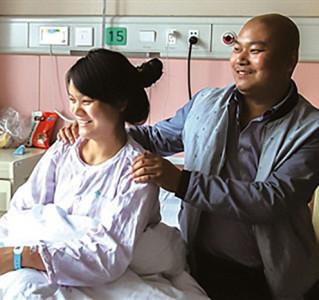 Aborta a su hijo para salvar la vida del hermano. Un caso paradigmático de manipulación médica y ética