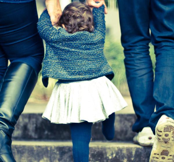 el número de hogares con un núcleo conyugal sin hijos se ha quintuplicadoCuatro de cada diez hogares son de parejas con hijos; el resto son fundamentalmente monoparentales y un pequeño grupo está formado por personas sin relación familiar entre ellas