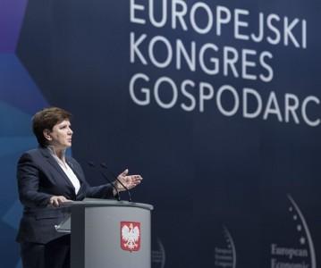 El Gobierno polaco se resiste a que Comisario Europeo promueva el aborto en su país