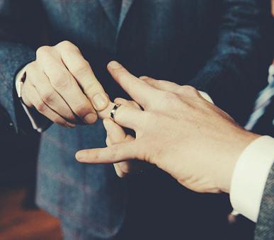 Matrimonio homosexual en Taiwan. Se legalizó el pasado mes de Junio, siendo así el segundo país asiático que lo legaliza, tras Nueva Zelanda.