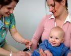 ¿Es conveniente la vacunación universal de niños?
