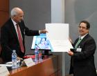 Javier Lluna, profesor del Máster en Bioética de la UCV, recibe el premio a la mejor comunicación de AEBI