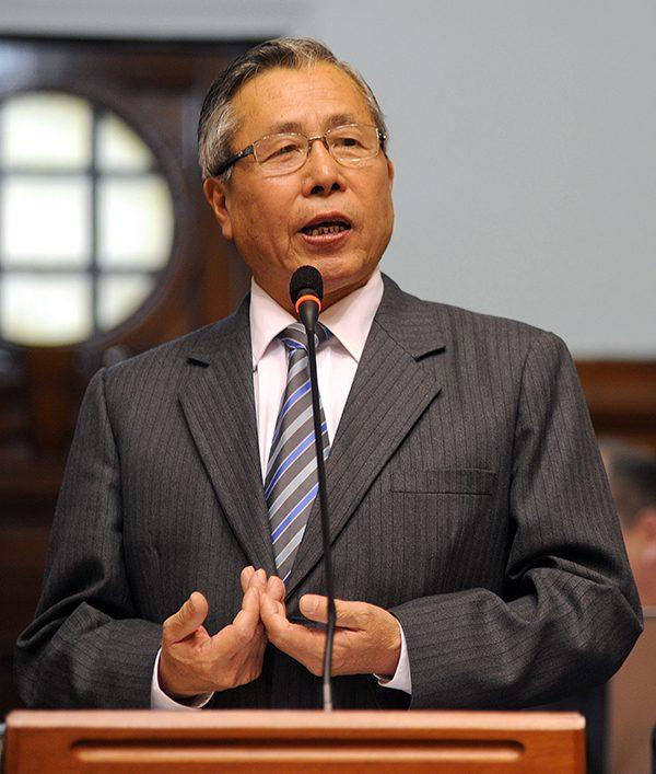El expresidente Fujimori, denunciado por sus campañas de esterilizaciones involuntarias