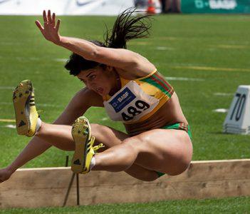 ¿Deben competir las mujeres trans junto al resto de atletas femeninas?