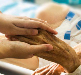 El Comité de Bioética de España se pronuncia sobre el acompañamiento y la asistencia espiritual a los pacientes con COVID 19