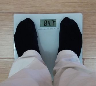La edad y la obesidad, factores de riesgo para la Covid-19