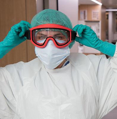 Los profesionales de Unidades de Cuidados Intensivos inglesas tienen un menor índice de contagios