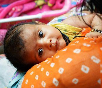 India, el país que no quiere a las niñas y las elimina